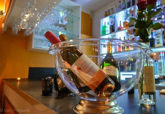 Le Kif-Kif  - La carte des vins a été élaborée par le Chef Sommelier de célèbres restaurants étoilés. -   © Marin Pomperski