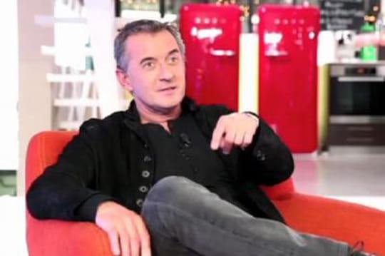 Zapping TV : Christophe Dechavanne a une obsession, trouver la femme de sa vie