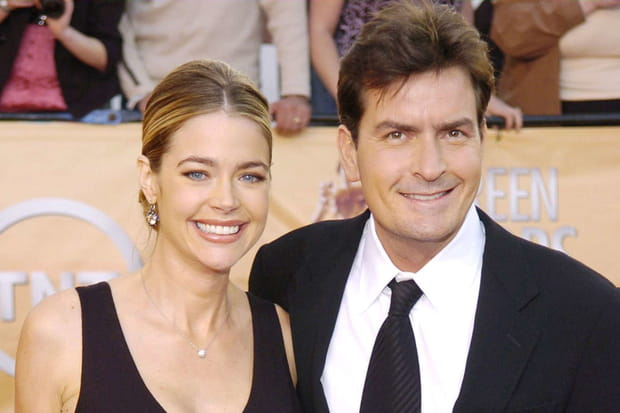Denise Richards n'en pouvait plus des addictions de Charlie Sheen