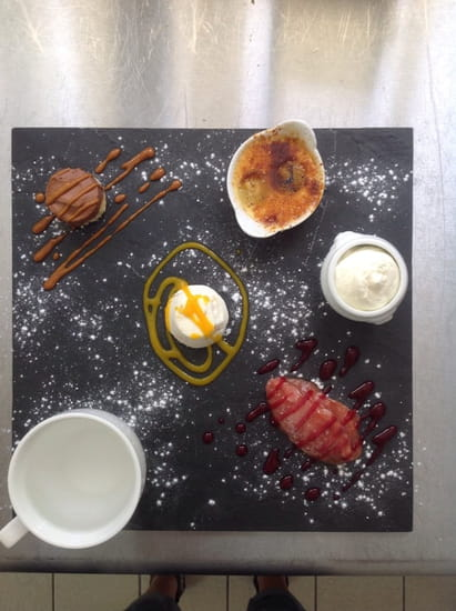 Auberge des Bujoliers  - Dessert gourmand  -