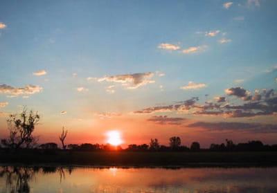 coucher de soleil dans le parc du kakadu
