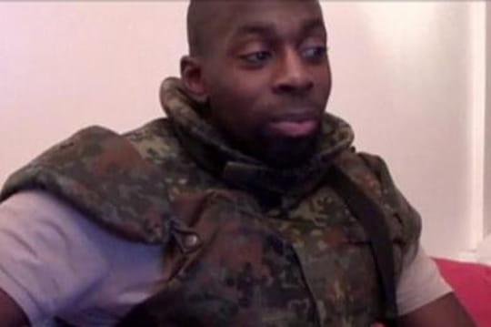 Vidéo Coulibaly: lesimages qui prouvent l'existence d'uncomplice?