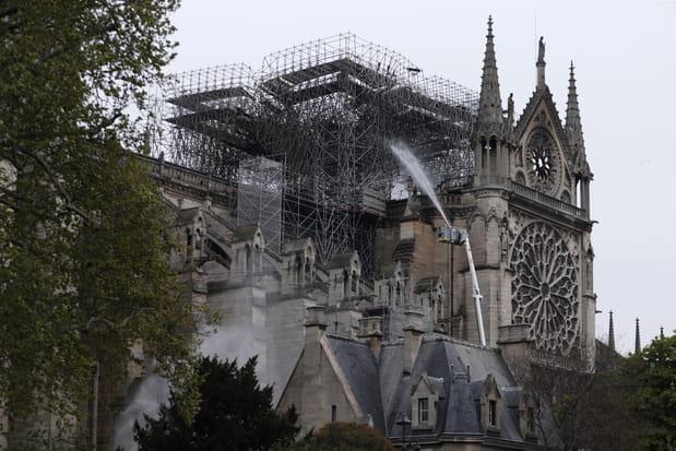 Les photos de Notre-Dame au petit matin, après le drame