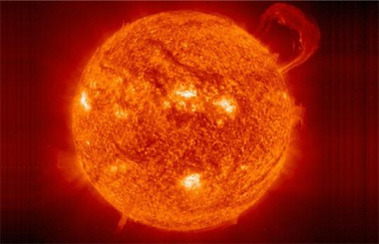Soleil : au coeur de la fournaise