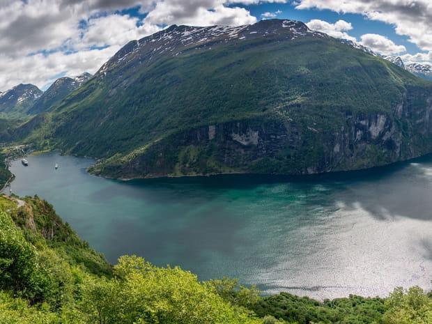 Balade majestueuse dans les fjords de Norvège