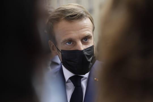 Macron dans les Alpes-Maritimes: le président à l'écoute des sinistrés