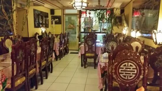 Tien Thanh  - Intérieur du restaurant -   © Van Thinh TRAN
