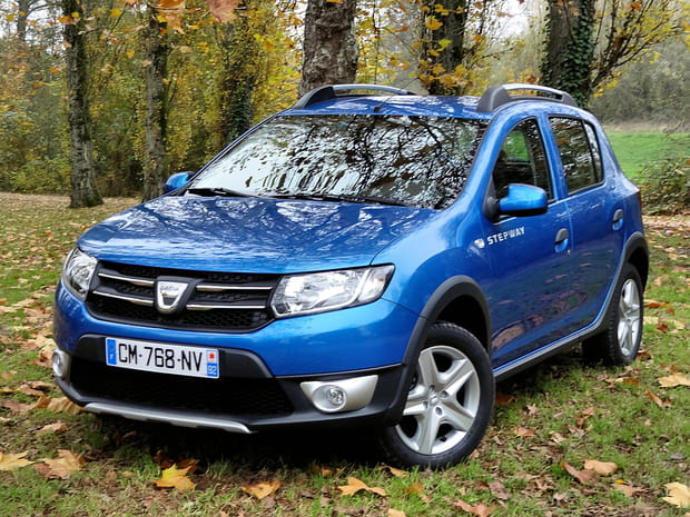 test nouvelle dacia sandero stepway le baroudeur abordable. Black Bedroom Furniture Sets. Home Design Ideas