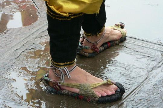 Sandales insolites