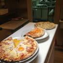 Oh Fan de Chichou !  - Grand choix de Pizzas sur place ou à emporter -   © nathalie