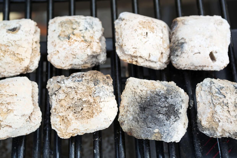 Pierre De Lave Pour Barbecue Modèles Utilisation Et Entretien