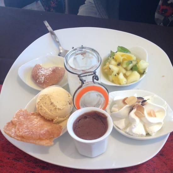 Restaurant : La Traverse  - Café gourmand bien sympathique... 😜 -