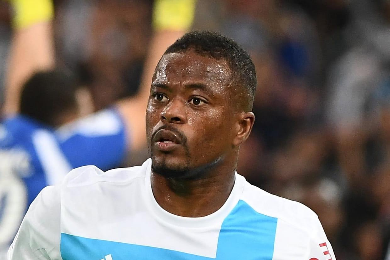 Evra amende suspension Le joueur quitte Marseille