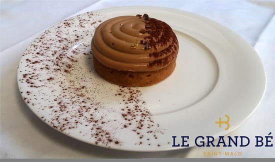 Dessert : Le Grand Bé  - Palet breton mousse chocolat -   © Antoine Chaumet