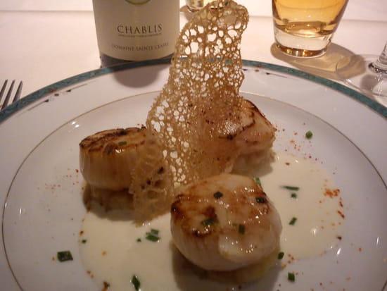 La Table de Marie  - St Jacques sauce champagne -
