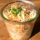 Entrée : D'icidelà  - Salade de vermicelles de riz & cacahuètes à l'asiatique vegan sans gluten -   © Julie Balcazar