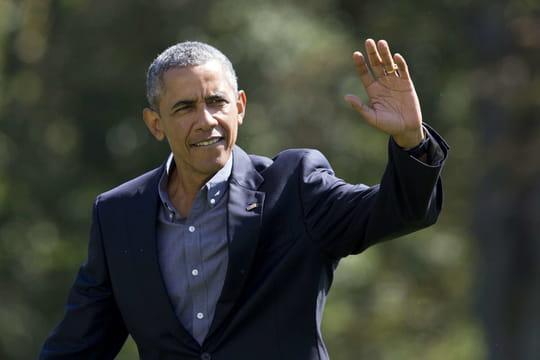 Man VS Wild : Barack Obama mange un drôle de repas avec Bear Grylls