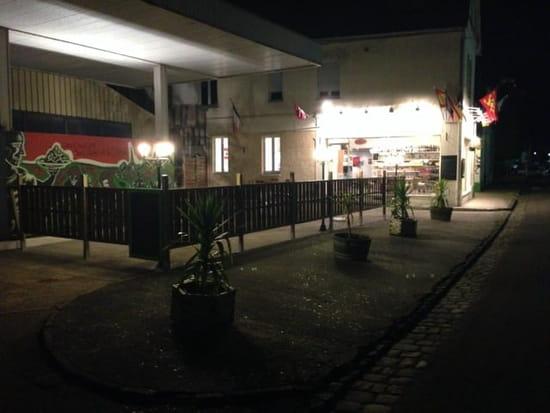 Restaurant : Les Saveurs du Liban et de l'Orient  - La terrasse des saveurs du liban -