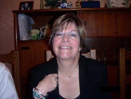 Jacqueline Heu Louchez