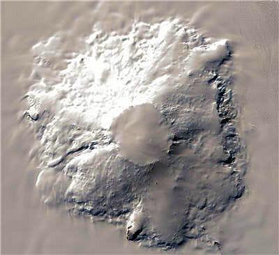 le volcan takahe se situe à l'ouest du continent.