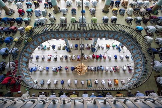 """Ramadan 2021: quelle date pour la fin du """"mois du jeûne""""et l'Aïd el-Fitr?"""