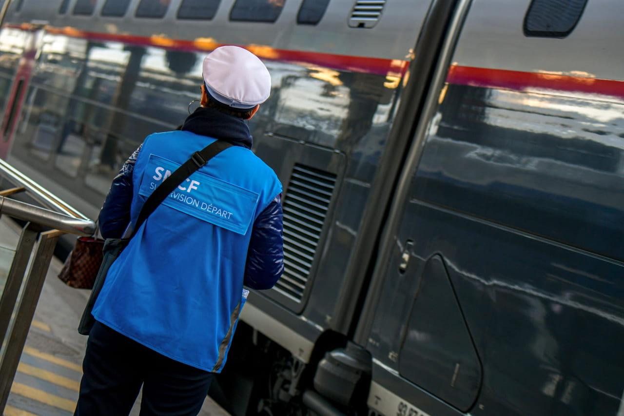 Grève RATP & SNCF: les perturbations du jeudi 16janvier, les stations de métro fermées