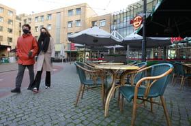 Confinement en Europe: fin du couvre-feu et réouverture des terrasses des cafés aux Pays-Bas