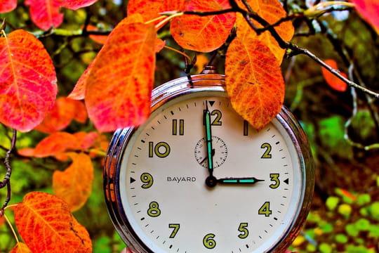 Changement d'heure: la date, le sens des aiguilles... Les explications