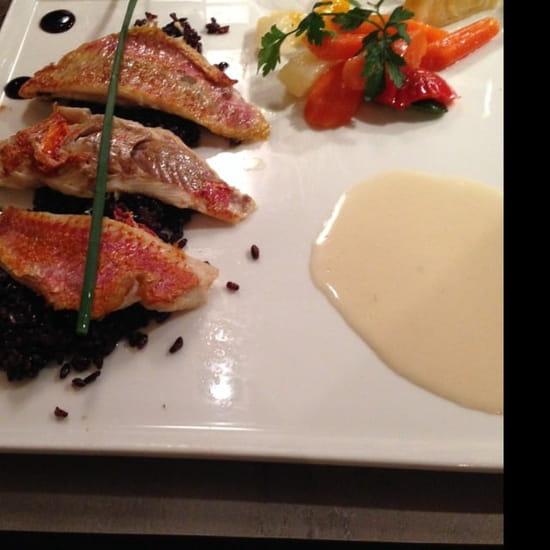 Plat : Romarin  - Filet de rouget et son riz noir -