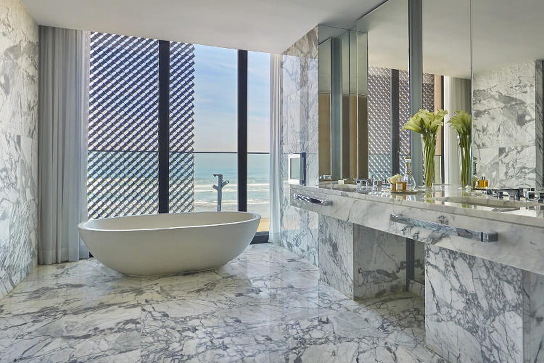 Hôtels de luxe : les plus belles salles de bain