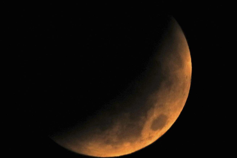 eclipse de lune 2018 les plus belles images de la lune rousse et de mars. Black Bedroom Furniture Sets. Home Design Ideas