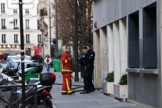 Incendie à Paris: le profil de la suspecte, Essia B., se précise