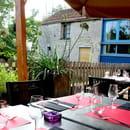 Restaurant : Les Terrasses du Moulin  - Terrasses du Moulin -   © Joëlle Dollé