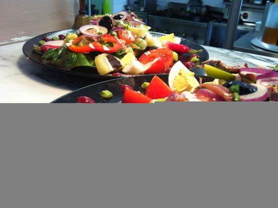 Entrée : Le Clos du Pâtre  - salade estivale -   © entrée