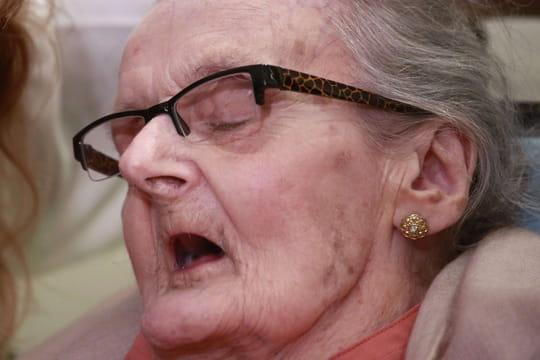 Clare Hollingworth: celle qui a vu les troupes d'Hitler avant tout le monde