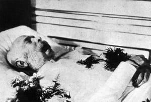 François-Joseph Ier, empereur d'Autriche sur son lit de mort