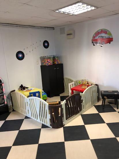 Restaurant : Le Rock'n Roll  - coin jeu enfant -   © public