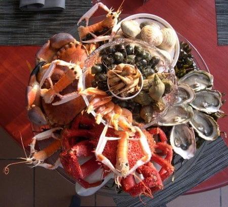 Le St Valentin  - le plateau de Fruits de Mer sur Réservation -   © Estelle COUTY