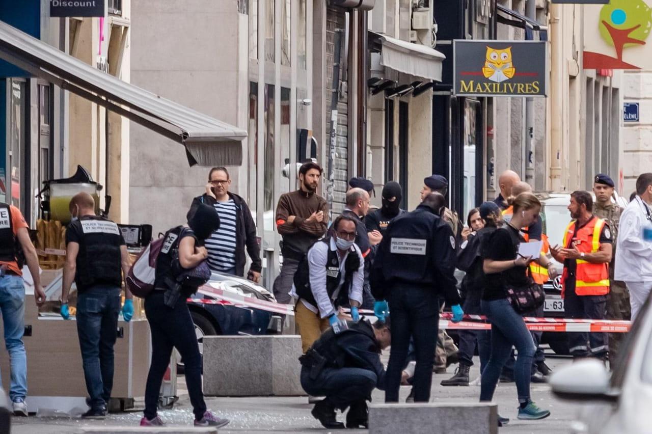Explosion à Lyon: pas de revendication, de nouvelles photos du suspect diffusées