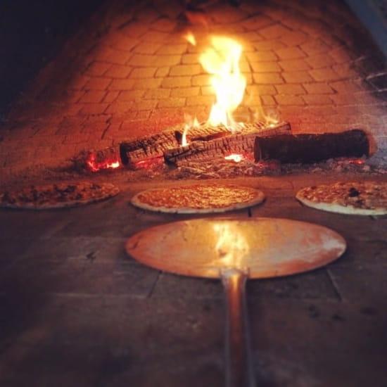 Plat : Pascal Paoli  - Pizza au feu de bois  -