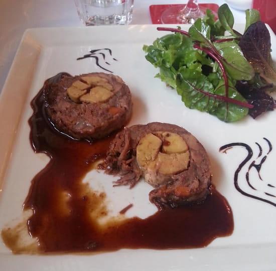 Le Crieur de Vin  - effilochade queue de boeuf au foie gras -   © mv3dfr@free.fr