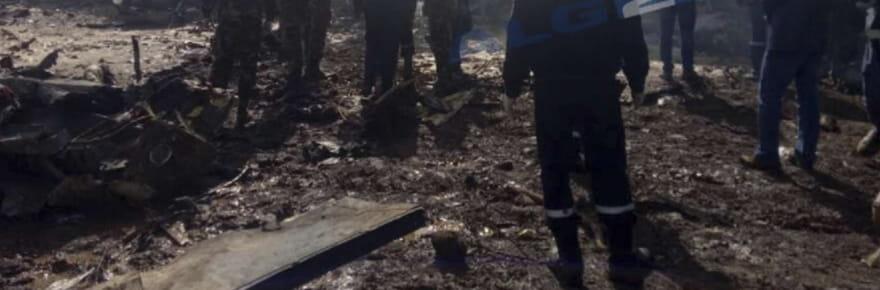 Crash d'avion en Algérie (Boufarik): les images de la catastrophe