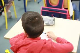 Covid à l'école: quand faut-il reprendre son enfant ?