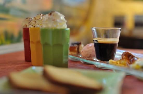 Restaurant Brasserie Crêperie les Arcades  - les gourmandises de l'après-midi... -   © fredbayle-photographie.com