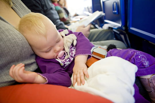 EasyJet: a baby with chickenpox that has landed from an airplane