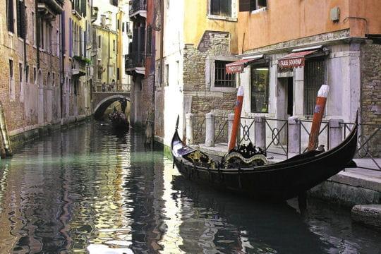 """""""A Venise, tout flotte et rien ne coule"""""""
