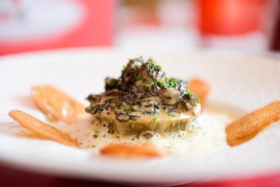 Rouge & Blanc - Les Maritonnes Parc & Vignoble  - Gâteau de Foie Blonds aux morilles -   © maritonnes