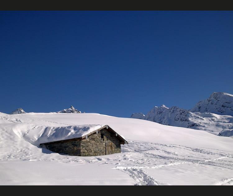 Bergerie sous la neige