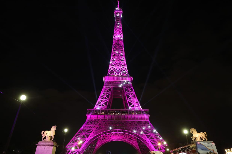 Tour Eiffel Lanniversaire Des 130 Ans De Sa Construction En Musique
