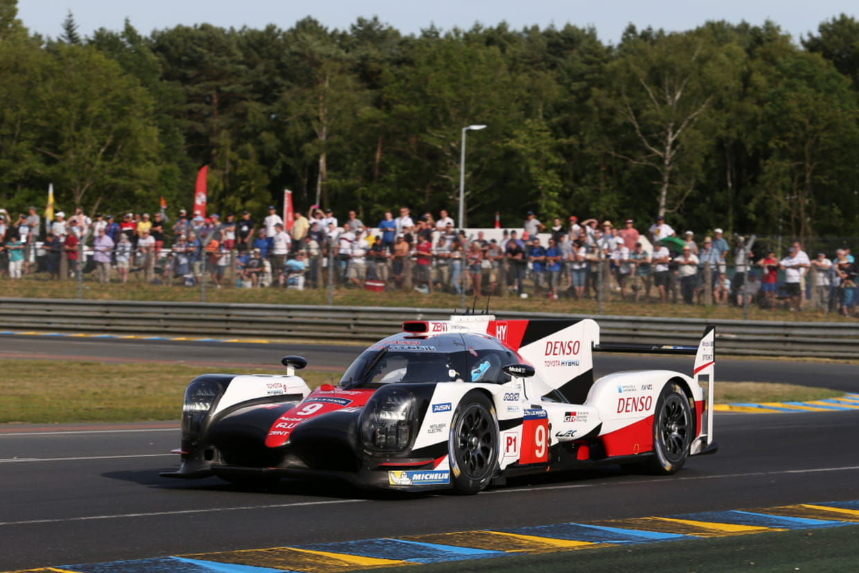 24h du mans toyota s 39 lance en pole le d part en direct d s 15h. Black Bedroom Furniture Sets. Home Design Ideas